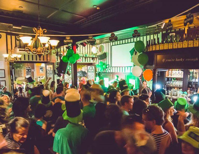 vragen live muziek irish pub